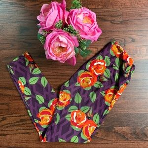 Gorgeous Cabbage Rose LuLaRoe leggings, OS
